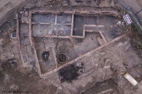 Archäologie Grabung von Grundmauern in Köln