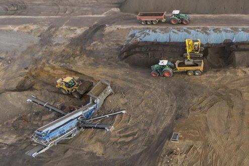 Erdbauarbeiten in Köln für Baustelle der Deutsche Bahn