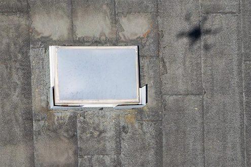 Einfache Überprüfung von einem Dach mit einer Drohne