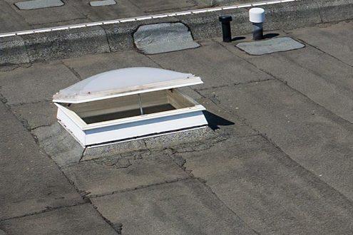 Schnelle Inspektion von einem Dach mit einer Drohne