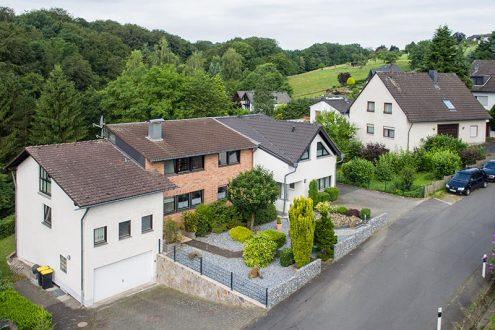 Haus mit Umgebung im Bergischen Land, NRW