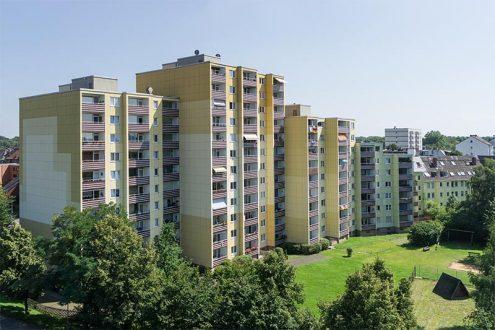 Hochhaus mit Mietwohnungen in Köln. Inspektion für Immobilienverwalter