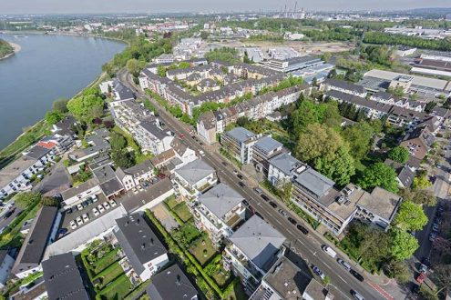 Foto von Düsseldorf Benrath und Rhein. Umgebung von Immobilie